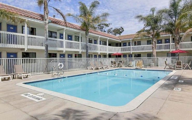 Motel 6 pool